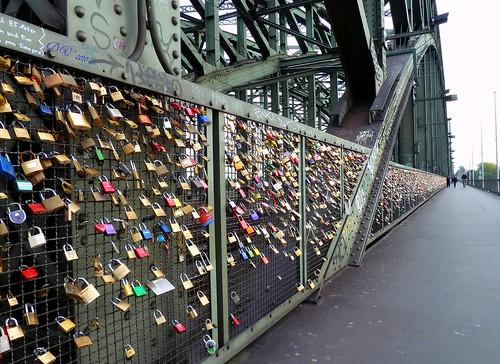 I love you (Hohenzollernbrücke)