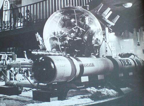 Makakai acrylic pressure hull submersible