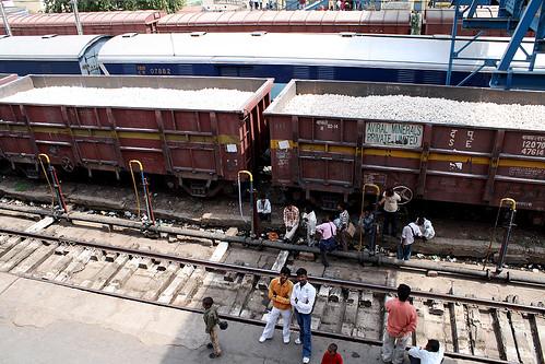 インド長距離電車の様子