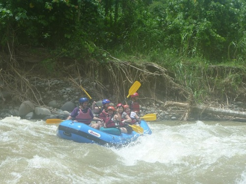 dwa team merla big waves davao white water rafting