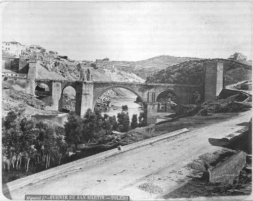 Puente de San Martín en el siglo XIX. Fotografía de Casiano Alguacil