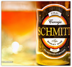 Cerveja Schmitt Barley Wine (Omar Junior) Tags: orange color beer field barley 50mm still agua dof wine pentax bokeh cerveza laranja ale artesanal depthoffield bier cerveja 12 birra 85 cor depth ceva bire malte lpulo f12 chopp schmitt colorida  trago desfoque   50mmf12 k20d  pentaxk20d pentaxk11250mm cervejaschmittbarleywine