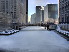 Chicago - Randolph St. bridge looking toward Washinton St. bridge. - and a lot of ice! 01162009 (doug.siefken) Tags: city bridge winter urban usa white snow chicago cold art ice water skyline architecture buildings river geotagged flow flickr downtown foto loop doug windy r douglas hdr urbanscape chicagoskyline chicagoist 2016 chicagoan siefken dougsiefken douglasrsiefken justchicagoart