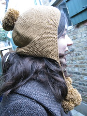 Kirsty's bobble hat 3