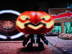 Halloween Costume (SuperiorRAW) Tags: game halloween costume big little platform puzzle planet console playstation exclusive ps3 sackboy sackgirl