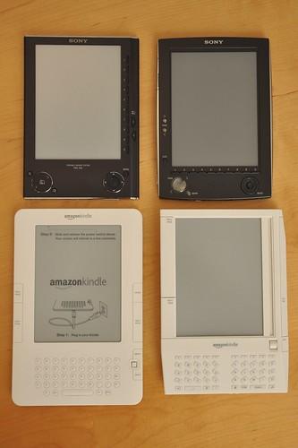 2x2 Comparison Amazon Kindle & Sony eBook by jblyberg.