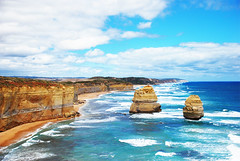 2 Of The 12 Apostles (Leong_CL) Tags: nature melbourne greatoceanroad twelveapostles