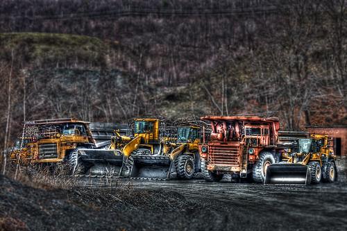 Mine Equipment - HDR