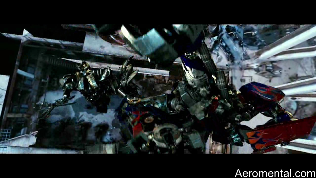 Transformers 2 Optimus Prime salto mortal