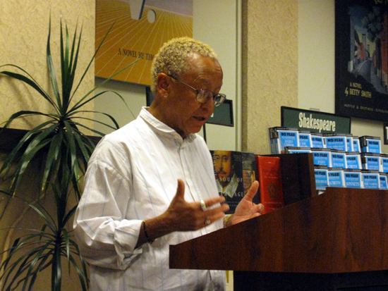 Nikki Giovanni Reads (click to enlarge)