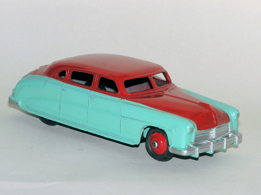 Dinky Toys - 1948-49 Hudson Commodore sedan (#171, originally #139B)