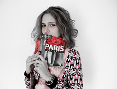 PaRis (Faddoush) Tags: voyage portrait paris girl mystery nikon colouring selective faddoush