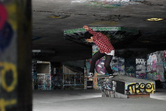 rolandbstail (erwinsb) Tags: london hammer 50mm skateboarding nikond70 south skating bank ledge skate roland banks londen southbanks hzp bstailslide