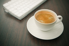 Turning coffee into code (96dpi) Tags: wood white cup tasse coffee keyboard tastatur kaffee funk wireless tisch holz weiss porzellan porcellain programmieren tabeltop drahtlos