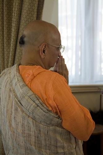 H H Bhakti Caru Swami 2010 - 0035 por ISKCON desire tree.