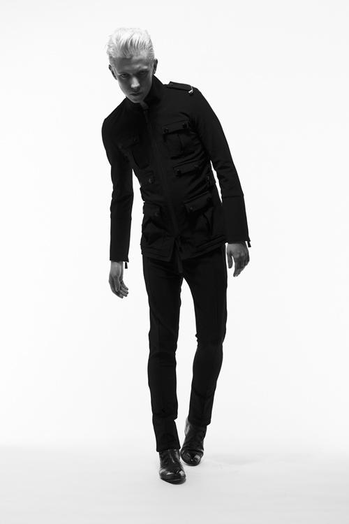 Adam 0008_QL AW11(Fashion Press)