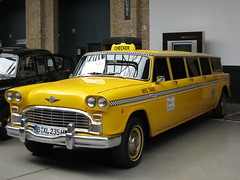 Checker Aerobus (Auto100a) Tags: checker nyctaxi aerobus checkeraerobus