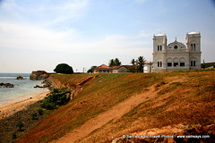 IMG_0267 (Sam's Exotic Travels) Tags: ocean english dutch architecture fort muslim hill mosque worldheritagesite galle quaint portuguese walledcity archaeologicalreserve