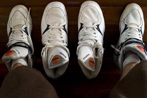 original white sneakers pump og kicks 1990s reebok thepump reebokpump hightop hitop basketballboots