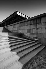 Neue Nationalgalerie 2 (96dpi) Tags: blackandwhite bw berlin architecture stairs treppe architektur miesvanderrohe sw van schwarzweiss der mies 1740 neue rohe nationalgalerie klassischemoderne kulturmforum