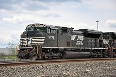 Norfolk Southern # 2736 (renova99) Tags: ns locomotive norfolksouthern 2736