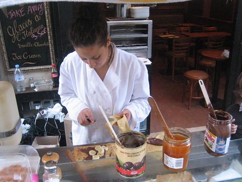 Constructing a nutella and banana crepe