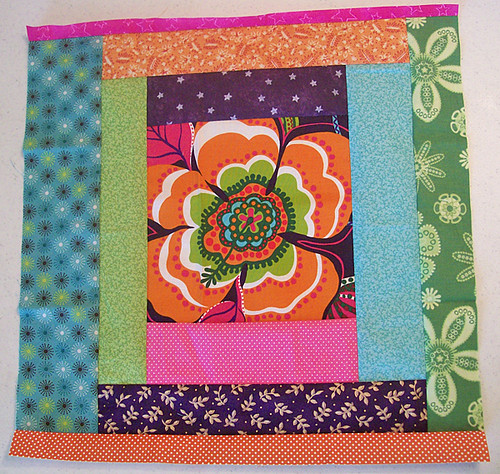 log cabin quilt block for coin quilt back