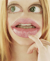 Uhm (Sebastian Niedlich (Grabthar)) Tags: portrait face photoshop manipulated mouth fun eyes funny photoshopped alien humor manipulation humour freak mutant manip creature photoshopping mutation mutated laurenambrose grabthar sebastianniedlich