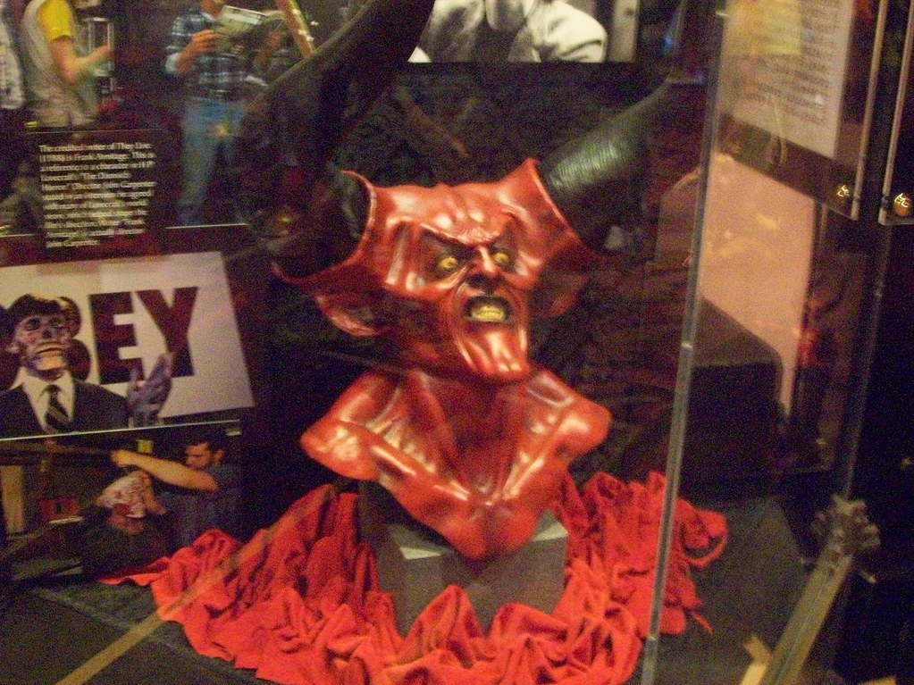 Another display from Horror Make Up Show @ Universal Orlando