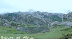 Uno de los lagos (estebanatienza) Tags: naturaleza spain nieve bonito asturias lagos nubes campo montañas montes silvestres nieblas nublados naturalezavirgen naturalezaenestadopuro motañasnevadas monumentoshistoricosylugaresdeinteresdeespaña