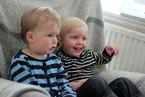 Frank & Gusten tittar på Molly