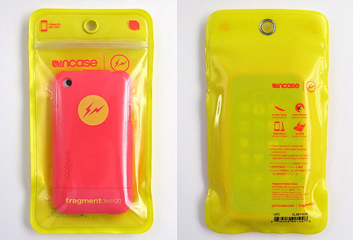 fragment-design-iphone-incase-pink1