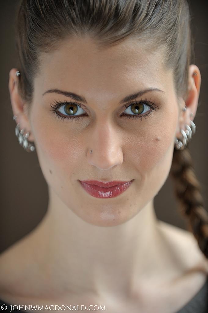 Amanda Molloy - Headshot