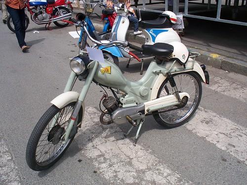 MOTOS PARA EL RECUERDO DE LOS ESPAÑOLES-http://farm4.static.flickr.com/3409/4619363046_47bbc8b1f2.jpg