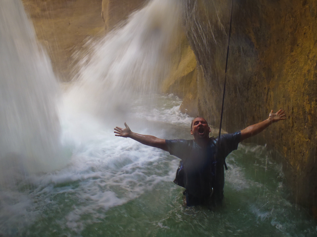 canyoning-jordan-fun-adventure