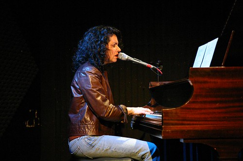 Lucy Kaplansky at Tupelo Music Hall, January 16, 2009