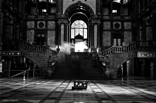 Antwerp Central Station ... empty