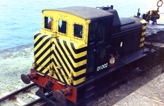 Class 01 01002 Holyhead breakwater 13/9/78 (Stapleton Road) Tags: diesel breakwater 01002 holyhead shunters class01