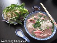 Pho Bo (Vietnamese Beef Noodle Soup) 1