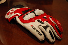Alpinestars GP-X (C.Valentis) Tags: red white awesome gear gloves motorcycle knuckles gpx alpinestars