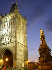 Przed Mostem Karola (magro_kr) Tags: longexposure tower monument statue night gate prague gothic illumination praha praga czechrepublic statua noc wieza pomnik brama gotyk czechy wieża oswietlenie iluminacja oświetlenie platinumheartawards českárebublika