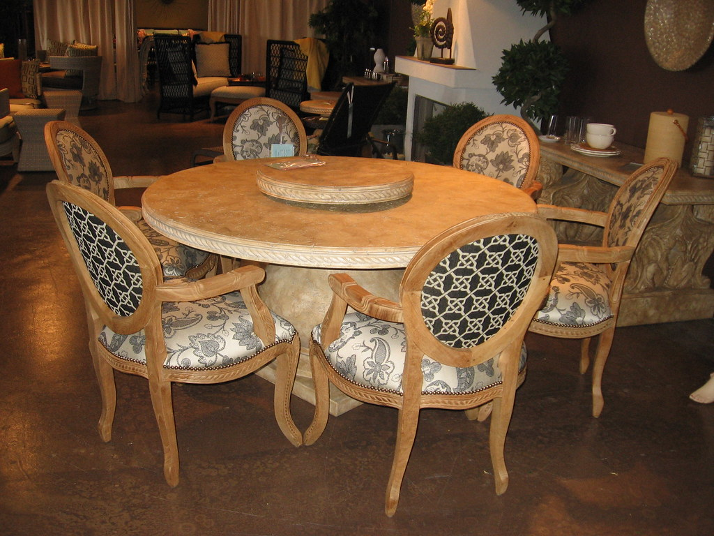 Terrace Round Dining and Chairs