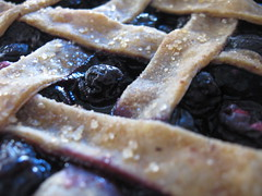 blueberry-cherry pie