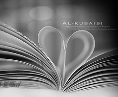 (uis) Tags: blackandwhite bw love closeup canon iso100 book heart pages bokeh s av f40 24105mm 50d alkubaisi