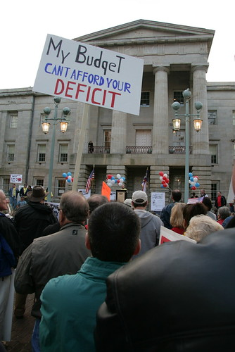 the tea party hates keynesian economics