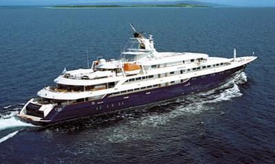 luxuryyacht charteryacht omegayacht