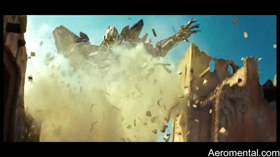 Tv Spots Transformers 2 Starscream mano