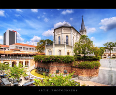 CHIJMES, Singapore :: HDR (Artie | Photography :: I'm a lazy boy :)) Tags: building history church architecture chijmes photoshop canon singapore cs2 cityhall tripod restaurants lifestyle wideangle chapel structure entertainment dining 1020mm convent hdr 1860 artie 3xp sigmalens photomatix tonemapping tonemap 400d rebelxti conventoftheholyinfantjesus
