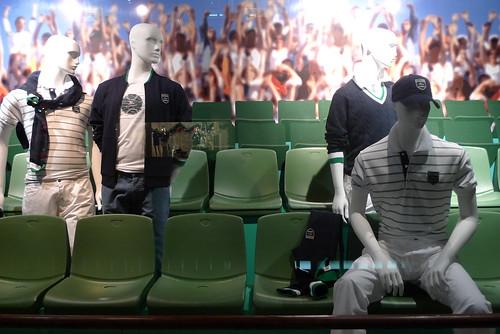 Vitrines Lacoste Roland Garros - Galeries Lafayette- Paris, mai 2010