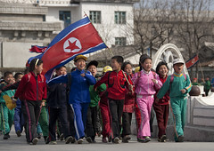 Everybody's ready in North Korea (Eric Lafforgue) Tags: school kids war asia flag korea marching asie enfants coree enfant northkorea defile dprk coreadelnorte northkorean nordkorea   7842  coreadelnord  coreedunord  insidenorthkorea  rpdc  kimjongun coreiadonorte  lafforgueasia nordcoreens